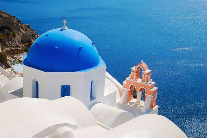 Santorini Greece Yacht Holiday |  Paros and Santorini Cyclades | Classic Sailing for Real Sailing Lovers