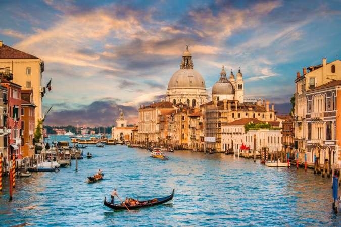 Sailing Venice Yacht Charter Holiday | Catamaran | Venetian Lagoon | Italy