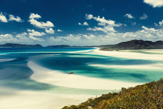 Catamaran Sailing Holiday Cruise | Whitsundays Islands | Australia