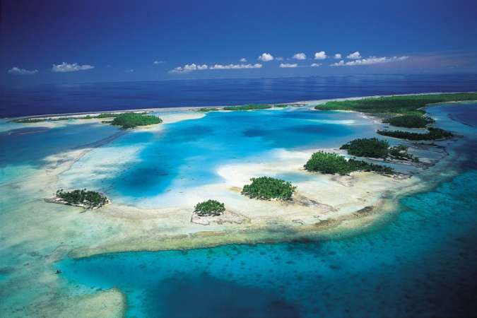 Charter Catamaran Holiday | Tuamotus Islands | French Polynesia