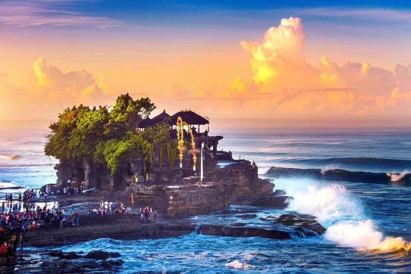 Sailing Charter Catamaran Holiday   Bali   Indonesia