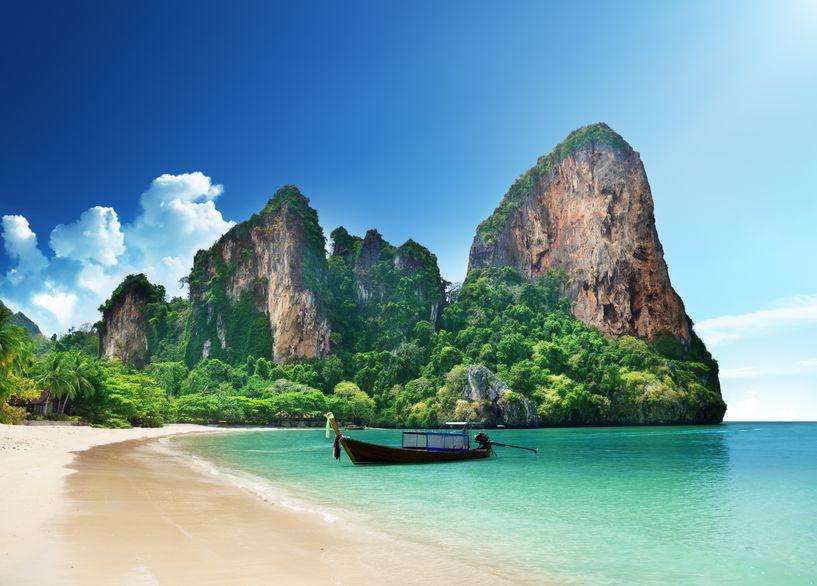 New Year Cruise | Charter Catamaran | Koh Chang Archipelago | Thailand